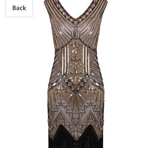 Roaring 20s flapper dress costume with accessories